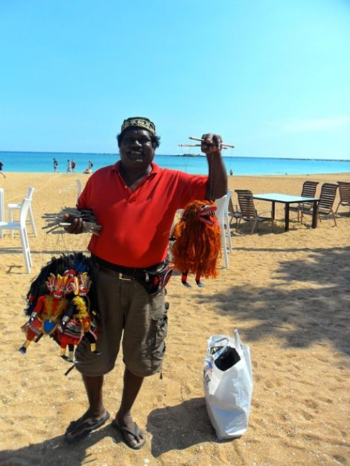 Jolly beach vendor, Unawatuna_opt
