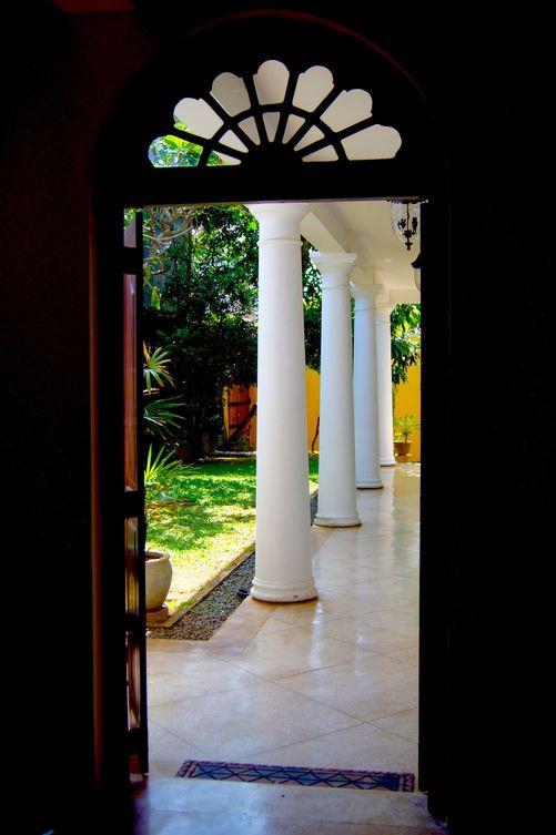 Galle Heritage villa collonaded courtyard