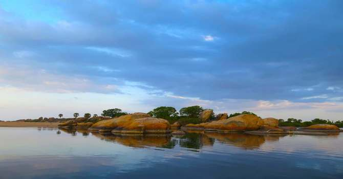Rainbow Lagoon – Jetwing Kottukal Beach House Experience