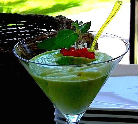 Even the food is like art, and creatively different like the Calamansi delicious Avocado mousse